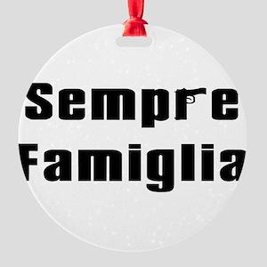 Sempre famiglia Round Ornament
