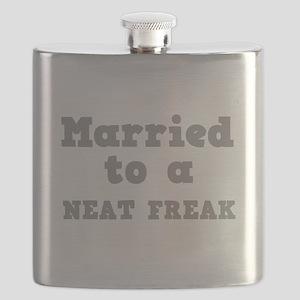NEAT FREAK Flask