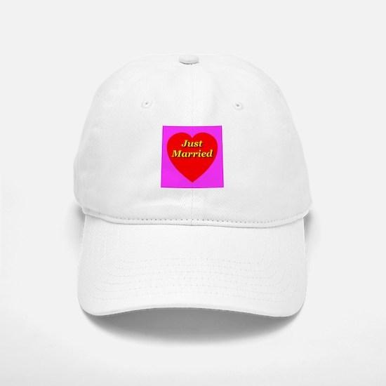 Just Married Classic Heart Baseball Baseball Cap