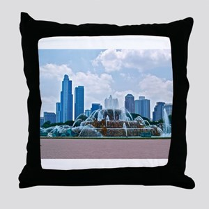Fountain in Grant Park Chicago Throw Pillow