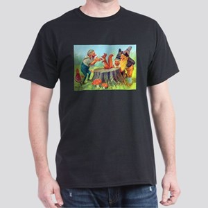 Gnomes Examine a Friendly Squirrel Dark T-Shirt