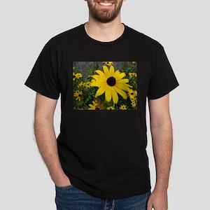 BLACK-EYED SUSAN™ Dark T-Shirt