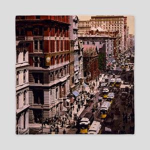 Vintage New York Queen Duvet