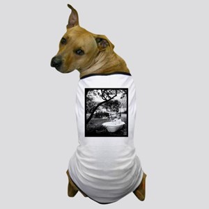 garden bath Dog T-Shirt