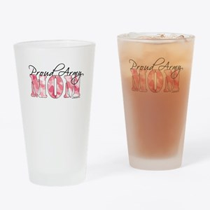 Proud Army Mom (Pink Butterfly Camo) Drinking Glas