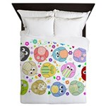 Cute cartoon owls and colorful flowers pattern Que