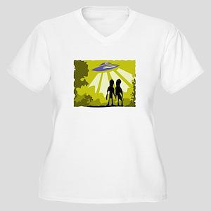 Alien Women's Plus Size V-Neck T-Shirt