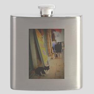 Agrippas Cat 08 Lomo Flask