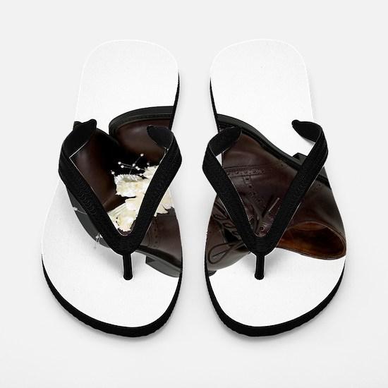 BoutanniereShoes081309.png Flip Flops