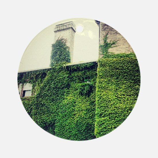 ivy Ornament (Round)