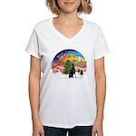XMusic2 - Doberman (cr) Women's V-Neck T-Shirt