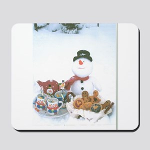 Snowmen Love Snacks. Mousepad