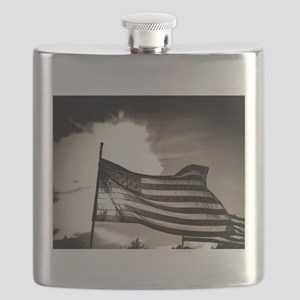 100b7530_aged _PS03 - resize 16x20 Flask
