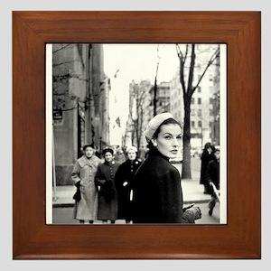 5th Avenue Stroll Framed Tile