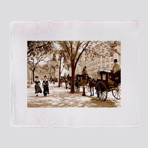 New York Vintage Throw Blanket