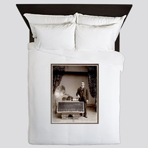 The Phonograph Queen Duvet
