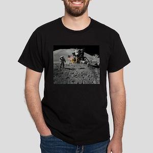 Apollo Moon Flag Salute USA Dark T-Shirt