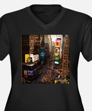 room with a view... TIMES SQUARE Women's Plus Size
