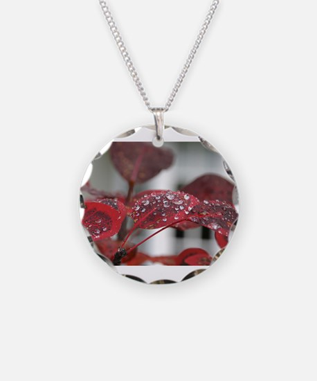 Dew on red leaves, Necklace