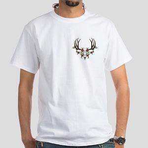 European mount mule deer White T-Shirt
