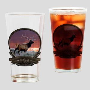 Bull elk at sunset Pint Glass