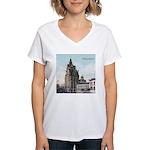 Grunge Wisconsin Flag Women's V-Neck T-Shirt