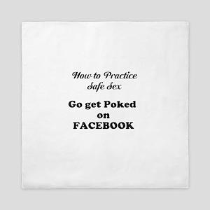 FB Pokes Queen Duvet