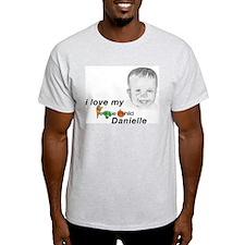 I love my veggie child Daniel Ash Grey T-Shirt