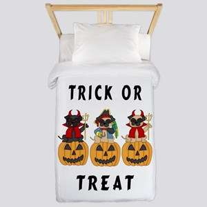 Halloween Trick or Treat Pugs Twin Duvet