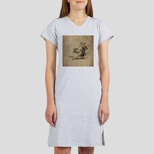 Vintage Squirrel Women's Nightshirt