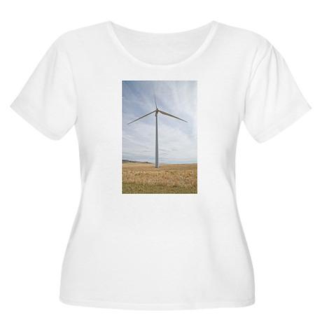 Wind Turbine Women's Plus Size Scoop Neck T-Shirt