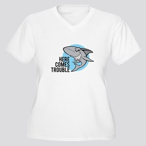 Shark- Here comes trouble Women's Plus Size V-Neck