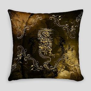 Wonderful golden chinese dragon Everyday Pillow
