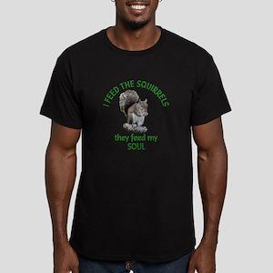 Squirrel Feeder Men's Fitted T-Shirt (dark)