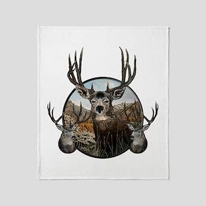 Mule deer oil painting Throw Blanket