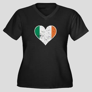 Distressed Irish Flag Heart Plus Size T-Shirt