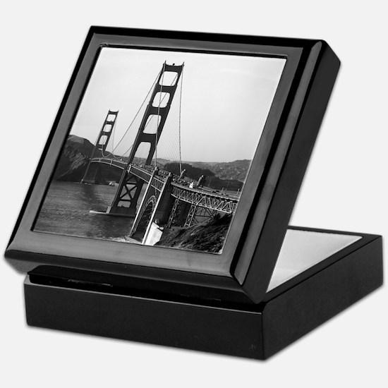 Vintage Golden Gate Bridge Keepsake Box