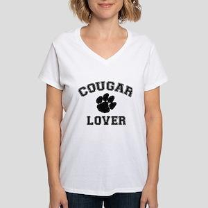 Cougar lover Women's V-Neck T-Shirt