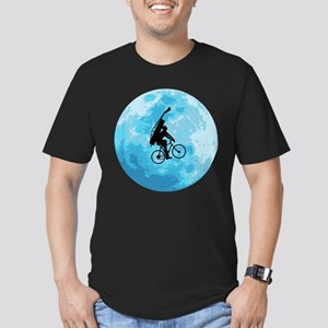 Cycling In Moonlight Men's Fitted T-Shirt (dark)