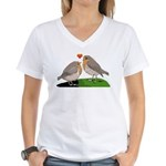 Robin red breast bird love Women's V-Neck T-Shirt