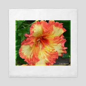 Hibiscus! Exotic floral photo! Queen Duvet