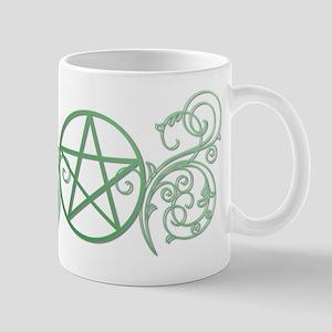 Pretty green pentacle Mug