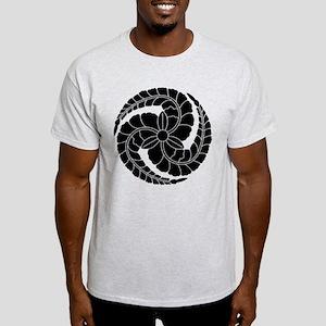 kuroda fuji tomoe Light T-Shirt