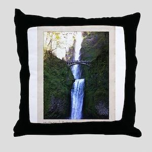 Multnomah falls, OR Throw Pillow