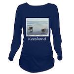 Keeshonds at the Sea Long Sleeve Maternity T-Shirt