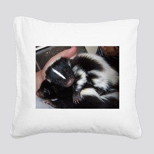 smells like love Square Canvas Pillow