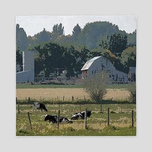 Cows in country Queen Duvet