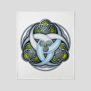 Celtic Triple Crescents - Green Throw Blanket