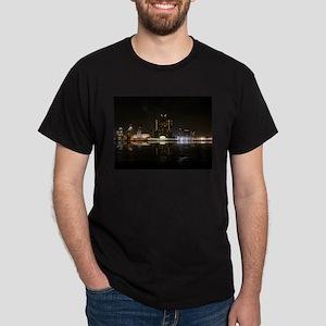 Detroit Skyline at Night Black T-Shirt