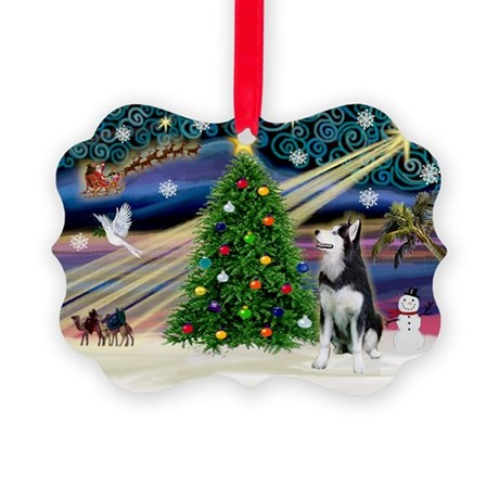 Xmas Magic/Siberian Husky 1 Picture Ornament
